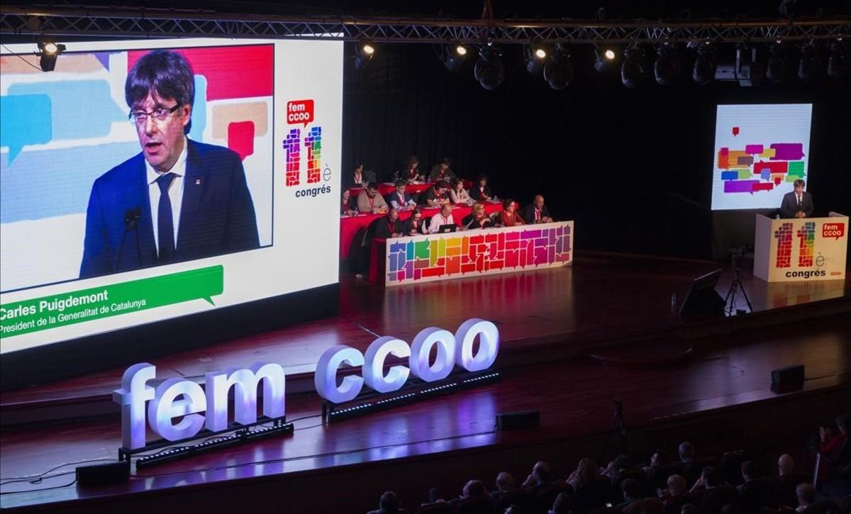Carles Puigdemont, durante su interveción en el congreso de CCOO de Catalunya.