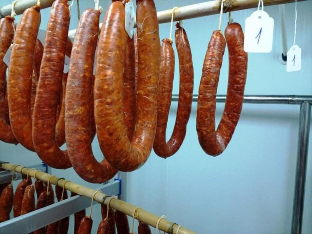 Chorizos elaborados por el CITA.