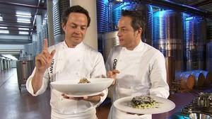 Los chefs Sergio y Javier Torres, en el programa Cocina2.