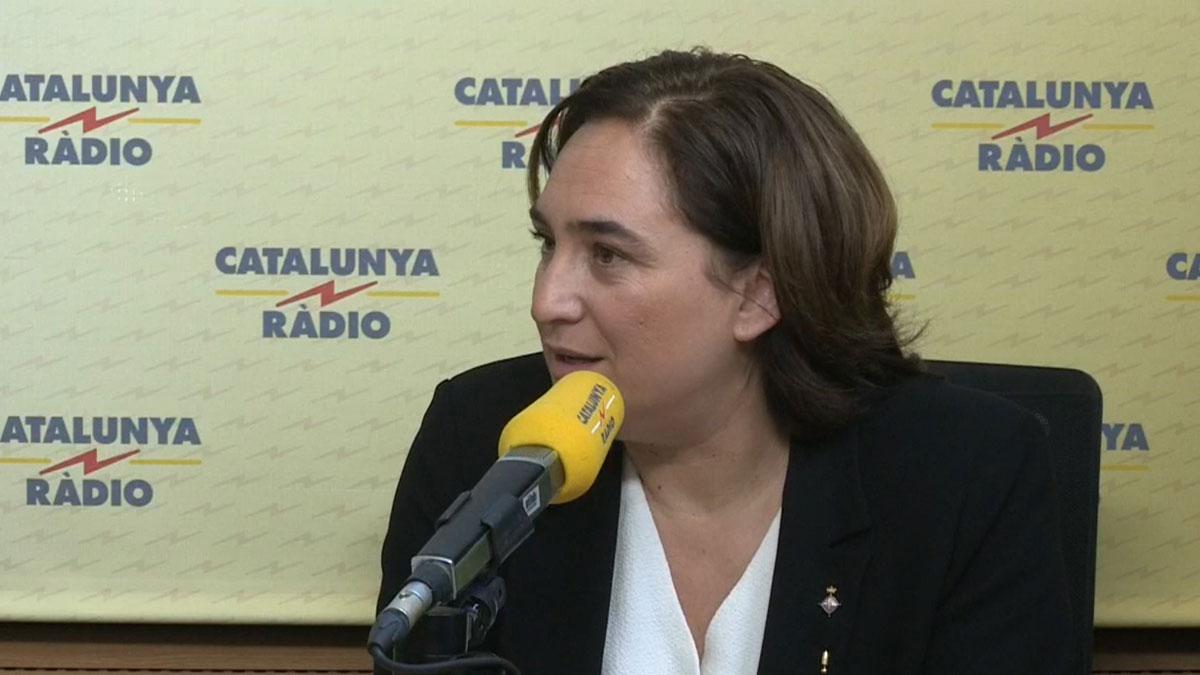 Colau anuncia que irá a las primarias para ser la alcaldable de Barcelona en Comú.