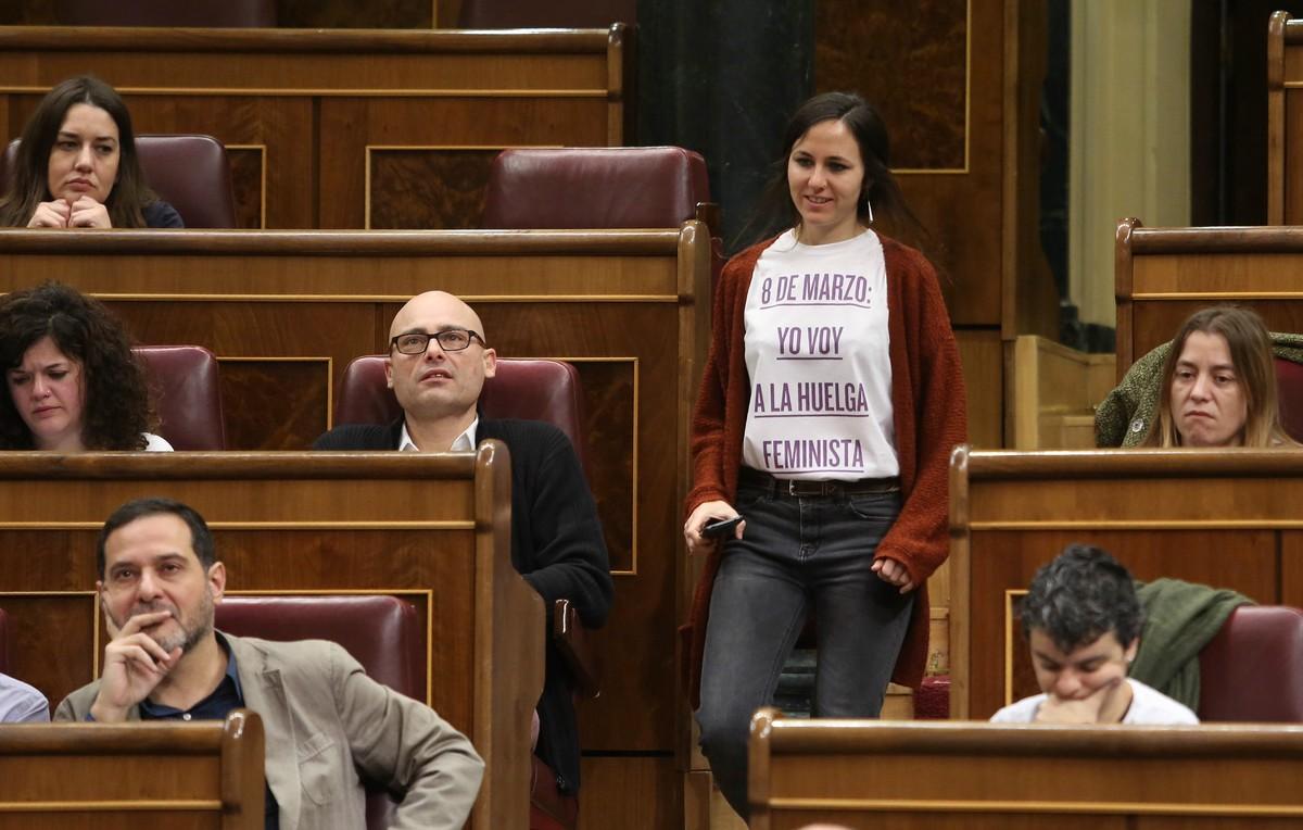 La diputada de Podemos Ione Belarra en apoyo a la manifestación del 8 de marzo.