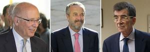 ELS NEGOCIADORS: D'esquerra a dreta, Joan Rigol, president del Pacte Nacional pel Dret a Decidir, Pedro Arriola, guru de referència del PP, i José Enrique Serrano, diputat i home de confiança de Pedro Sánchez.