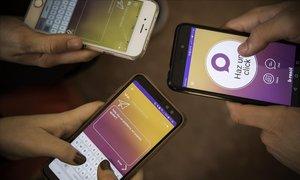 La aplicación B-Resol que emplea la escuela Virolai de Barcelona.Medio centenar deescuelas de Catalunya y Andorra ya usan esta app para luchar contra el bullying y el ciberbullying.