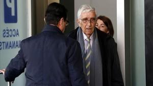 El extesorero de CDC Daniel Osàcar, a su llegada a la Ciutat de la Justícia para declarar en el juicio del 'caso Palau'.