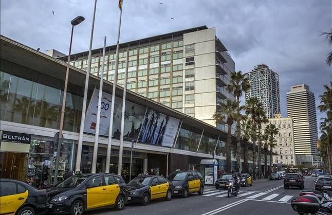 Hospital del Mar de Barcelona. El autobús semantendrá mientras durante las obras de ampliación del centro hospitalario.