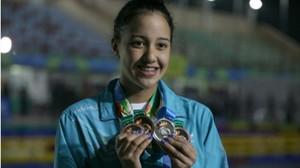 La joven nadadora nepalí Gaurika Singh.