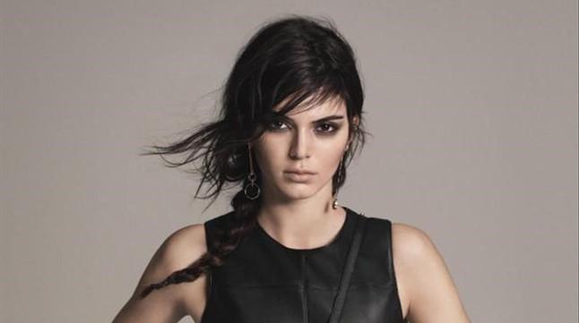 Kendall Jenner, la pequeña de las hermanas Kardashian, posa como nueva imagen de Mango.
