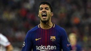 Luis Suárez, en un gesto de crispación, en un partido del Barça en la Champions.