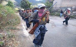 Niños como policías comunitarios en Guerrero, México.