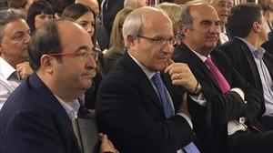 Miquel Iceta y José Montilla, en la presentación de un libro en Barcelona, el pasado miércoles.