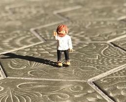 El Playmobil más humano