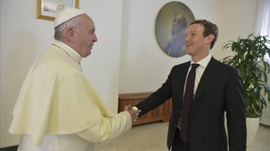 El Papa con Mark Zuckerberg.
