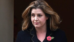 Penny Mordaunt, a la salida del 10 de Downing Street, en Londres, el 9 de noviembre.