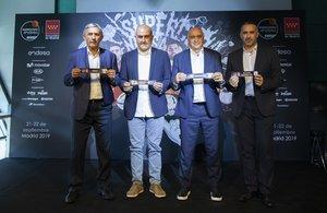 Pesic (Barça), Ponsarnau (Valencia), Laso (Madrid) y Cuspinera (Fuenlabrada) posan en el sorteo de la Supercopa