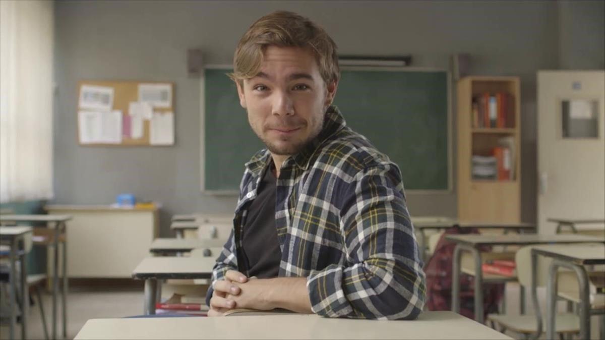 Carlos Cuevas, en el papel de Pol Rubio, protagonista de 'Merlí: Sapere aude'.