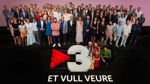 Los realizadores y actores de TVC, en la presentación de la programación.