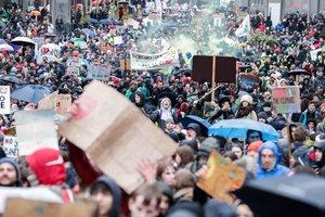 Las protestas multitudinariascontra el cambio climáticoen Bruselas EFE EPA STEPHANIE LECOCQ