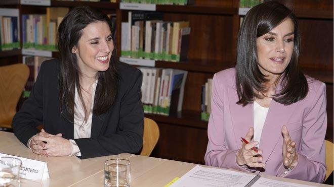 La reina Letizia e Irene Montero, juntas por primera vez en un acto oficial.
