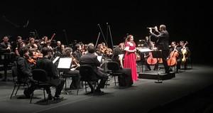 La soprano Ofèlia Sala, durante el concierto de homenaje a Victoria de los Ángeles.
