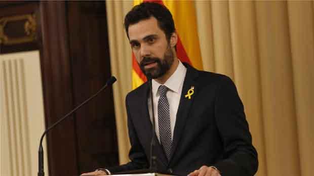 El president del Parlament demana reunir-se amb Rajoy per tractar la situació anòmala de Catalunya.
