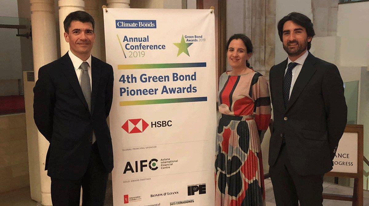 Tres responsables de la entidad en los Climate Bonds Initiative.