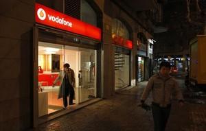 Una tienda de Vodafone en Barcelona.