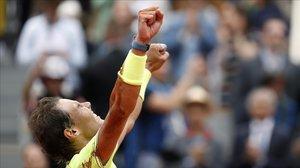 Rafa Nadal celebra el triunfo en la final de Roland Garros.