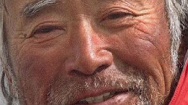 Sobre Yuichiro Miura se rodó en 1970 un documental - El hombre que bajó el Everest esquiando-.