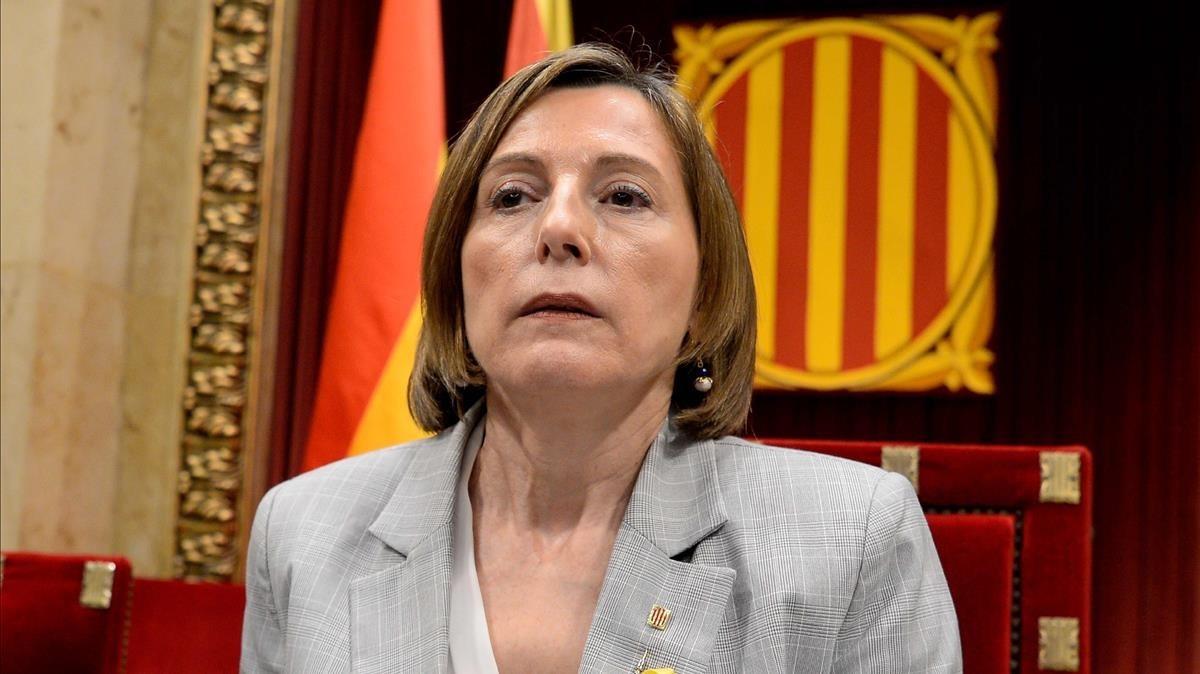 Carme Forcadell continúa como 'Presidenta del Parlament', pese a haberse disuelto la cámara tras la aplicación del artículo 155.
