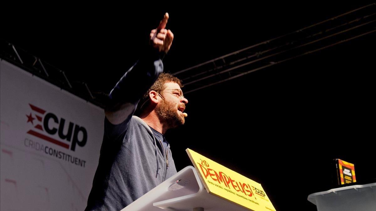 Albano Dante Fachin, exlíder de Podem, en el acto central de campaña de la CUP en Girona.