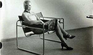 Bauhaus, asseure's en l'aire