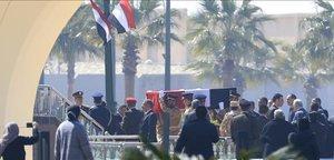 Egipte enterra Mubarak amb honors militars i en presència d'Al-Sisi