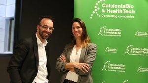Judit Anido, la nueva presidenta, con Jaume Amat.