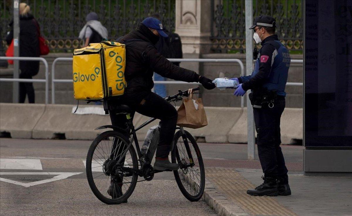 Els 'riders' en la tempesta legal