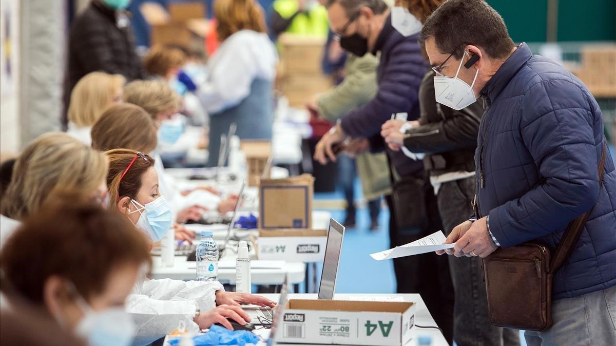 Burgos realitza tests anticovid massius per arribar al 25% de la seva població