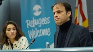 El regidor Jaume Asens presenta la plataforma Refugees Welcome.