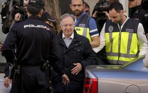 Pedraz asseu a la banqueta Pineda, Bernard i López Negrete per la seva xarxa d'extorsió