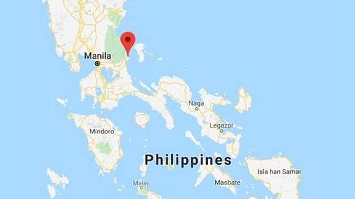 Un barco con 251 personas a bordo naufraga en la costa oriental de Filipinas