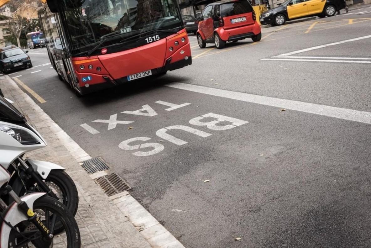 La apuesta por el transporte público conllevará el aumento de carriles bus, la instalación de nuevas paradas y semáforos, entre otras medidas.