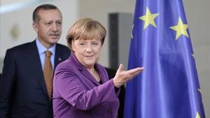 La cancillera alemana, Angela Merkel, y el presidente de Turquía, Recep Tayyip Erdogan.