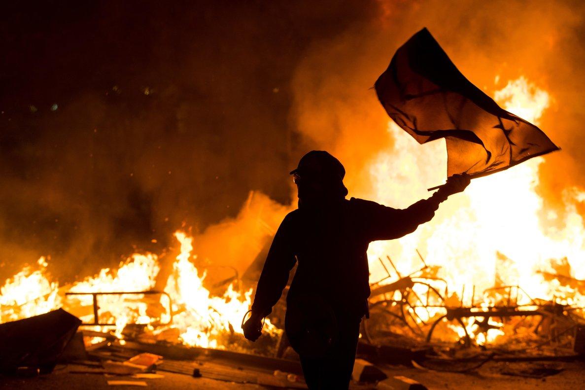 Decenas de miles de personas volvieron de nuevo a las calles en un día más de movilizaciones sociales.