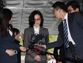 Durante dos meses, el ministerio fiscal ha estado investigando a Cho y a su familia por otras supuestas irregularidades.