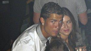 Cristiano Ronaldo y Kathryn Mayorga, en junio del 2009 en Las Vegas.