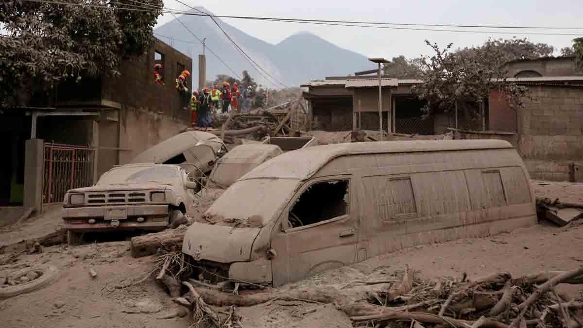 Los afectados por esta erupción sobrepasan el millón y medio de personas.