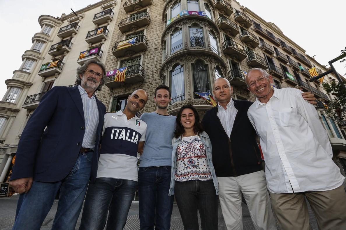 De izquierda a derecha, Camil Bosch, Ivan Vega, Rubén García del Horno, Anna Biosca, Jorge Navarro y Carles Pujol.