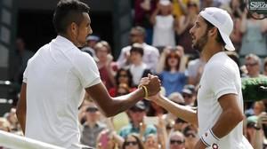 Feliciano López felicita a Nick Kyrgios tras perder frente al tenis australiano en Wimbledon.