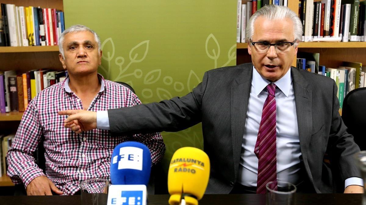 El juez Moreno deja en libertad al periodista turco sueco Yalçin