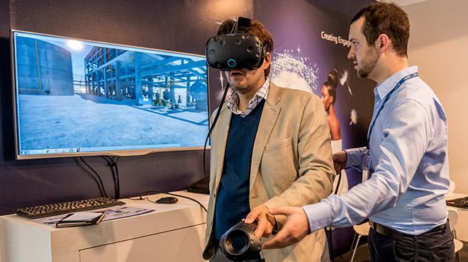 Feria sobre internet de las cosas, robotización industrial, urbana y doméstica
