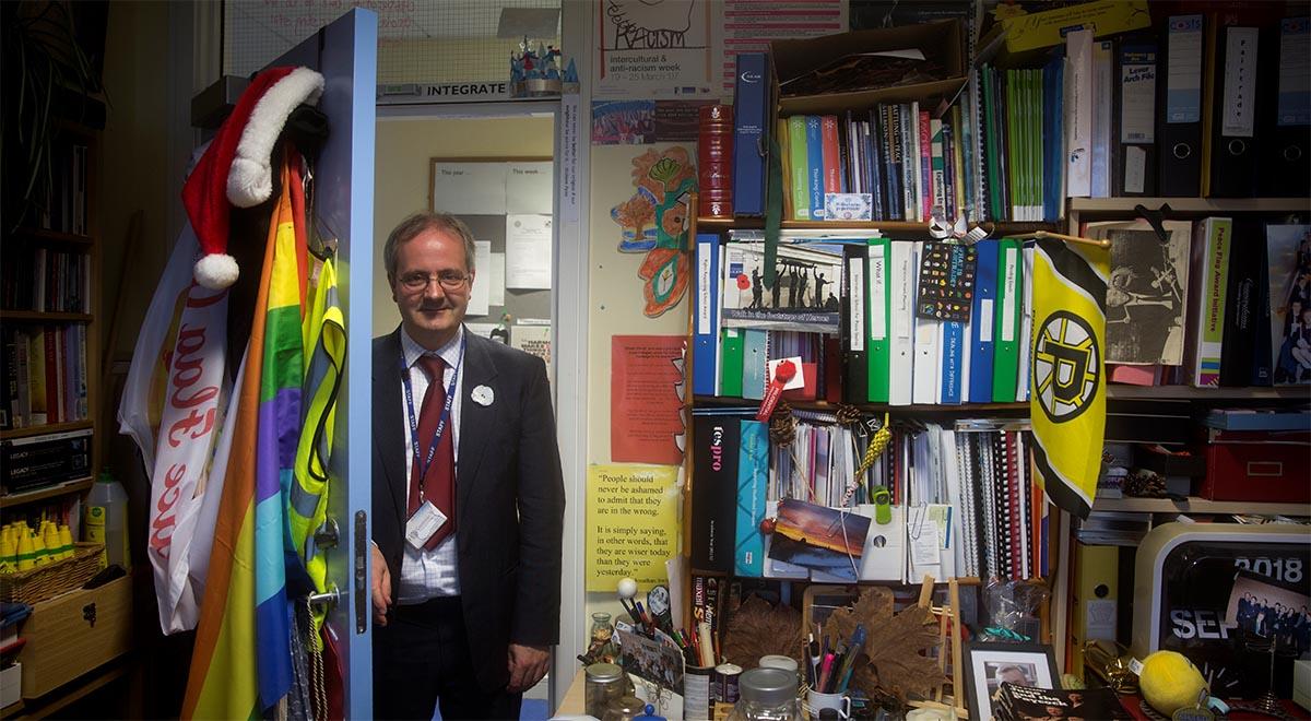 John Harkin, la escuela integradora de Oakgrove (Irlanda)