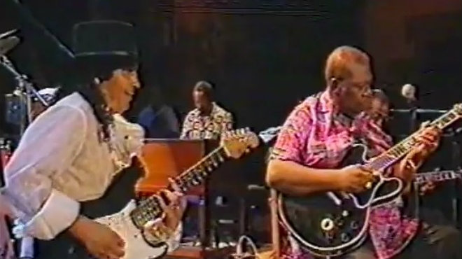 Una de las colaboraciones más sonadas del rey del blues, B.B. King, con Raimundo Amador, en los años 90.